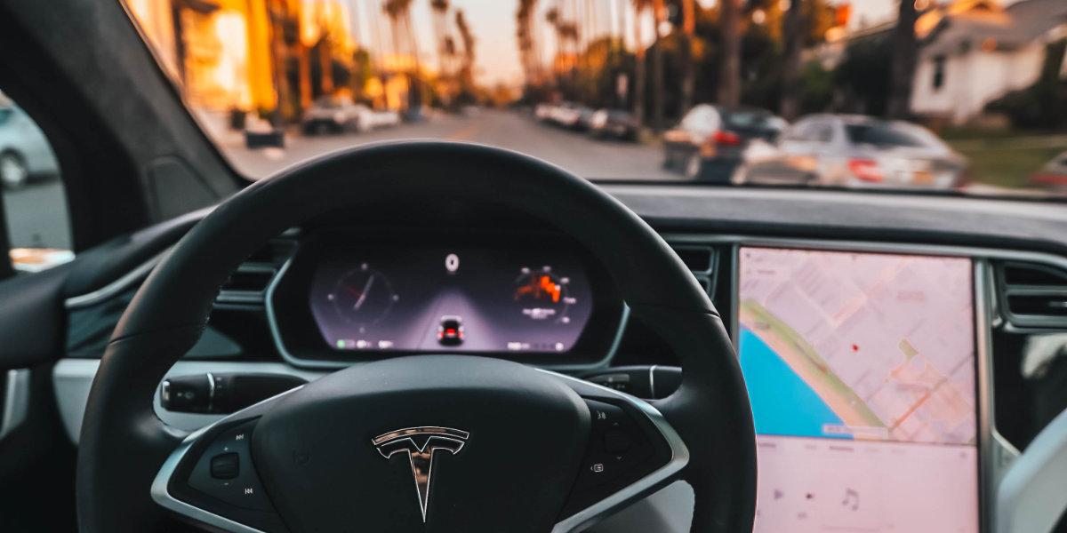 Tesla-Dashboard