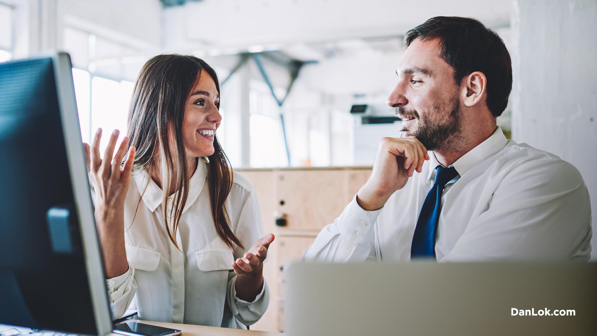 Aktives Zuhören verbessert Ihre zwischenmenschlichen Fähigkeiten
