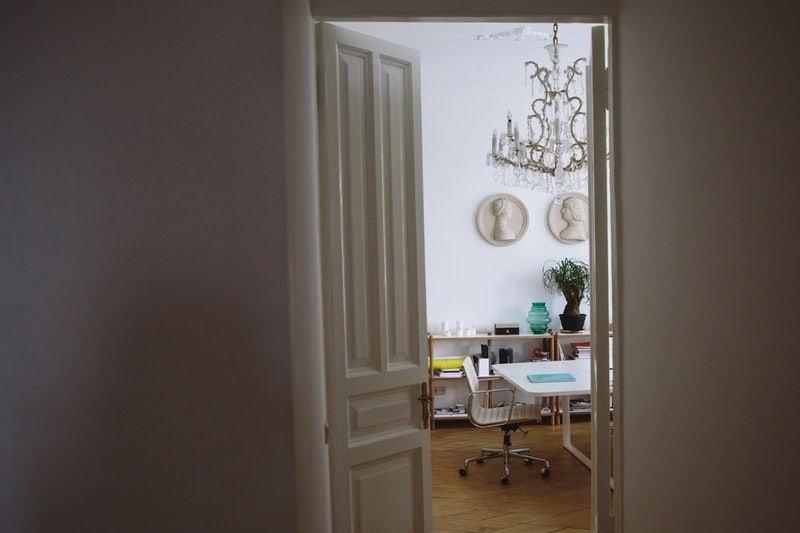 Home Office mit Tür